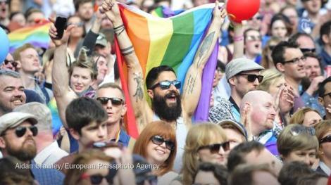 Irlanda gay legalizacion hombre clebra